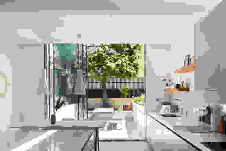 Interior Cozinhas modernas por Architecture for London Moderno