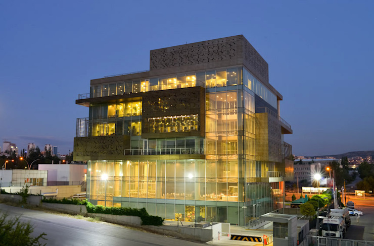 Dogan Media Center Modern office buildings by Mimaricekim.com Modern