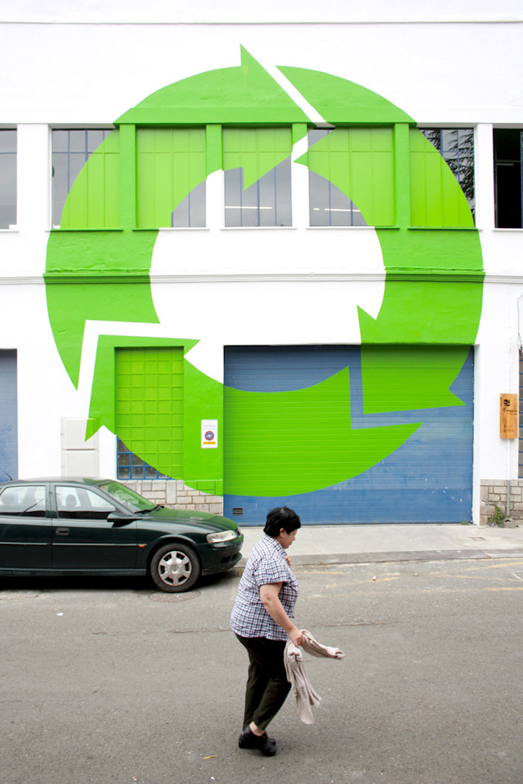 EKOCENTER [I am recycled] Oficinas y tiendas de PKMN architectures