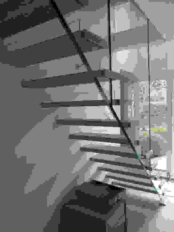 Schwebende Treppe Siller Treppen/Stairs/Scale Treppe Holz Beige