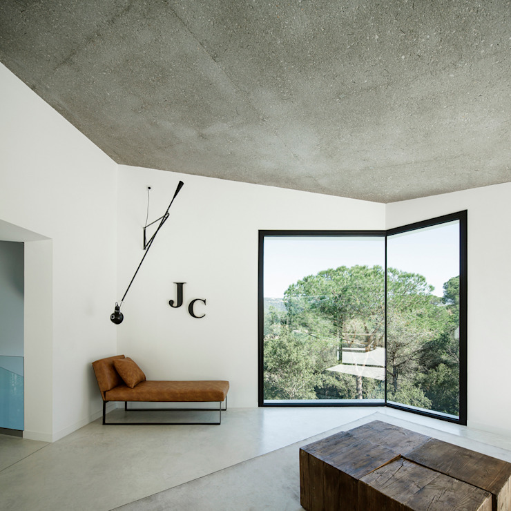 House in Llavaneres Casas mediterráneas de MIRAG Arquitectura i Gestió Mediterráneo