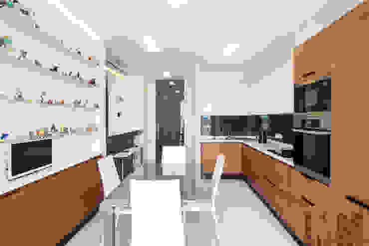 В потоке света Кухня в стиле минимализм от ММ-design Минимализм