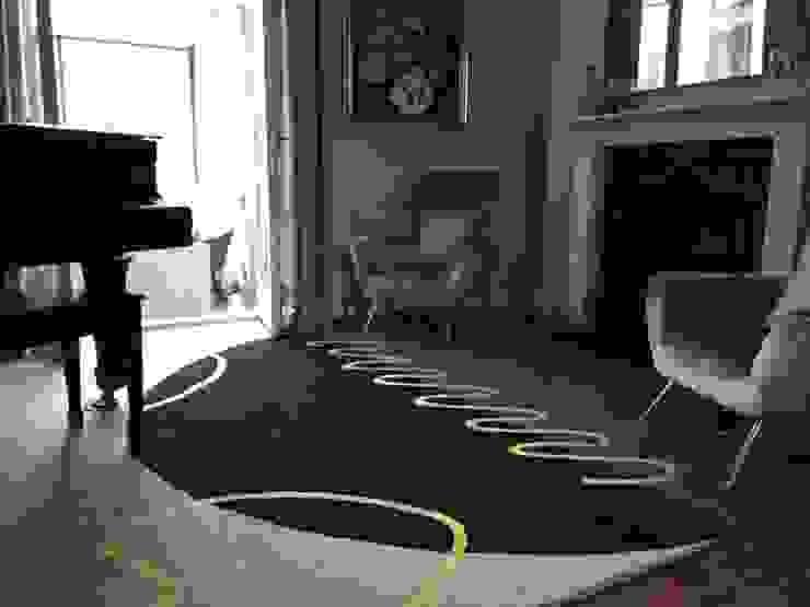Deirdre Dyson GEO-SPRING rug in a Surrey Music Room by Deirdre Dyson Carpets Ltd Classic