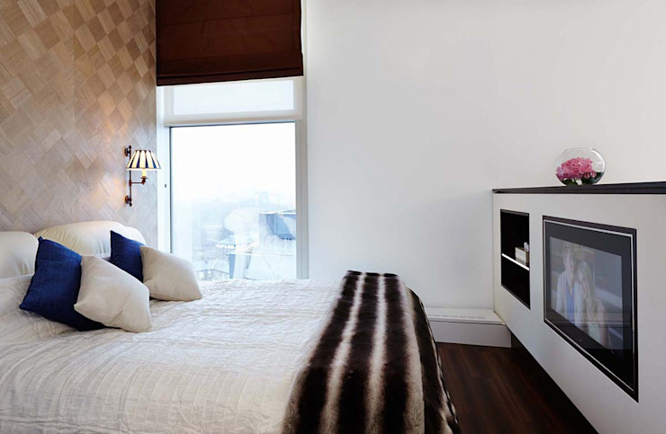 Penthouse Interior Design, River Thames, London Residence Interior Design Ltd Modern style bedroom
