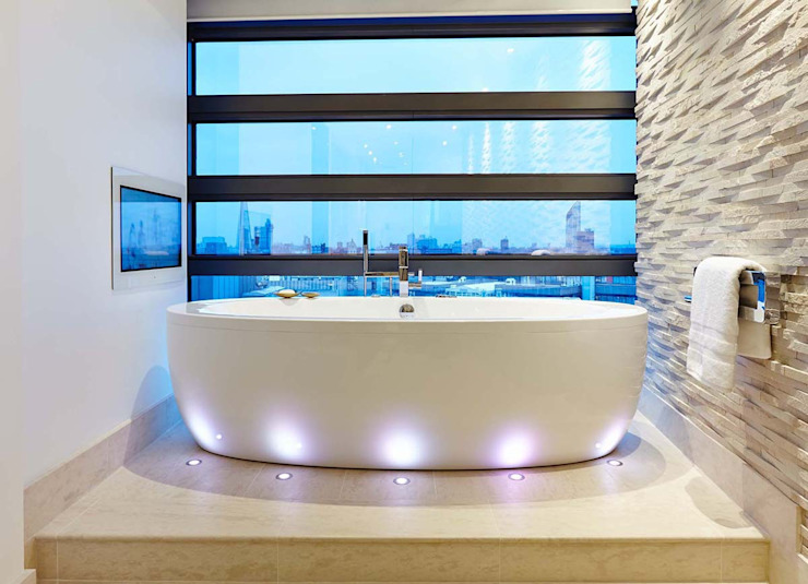 Penthouse Interior Design, River Thames, London Ванная комната в стиле модерн от Residence Interior Design Ltd Модерн