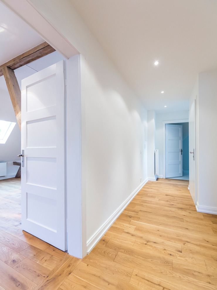 Klein aber fein _ Der Flur Moderner Flur, Diele & Treppenhaus von Wohnwert Innenarchitektur Modern