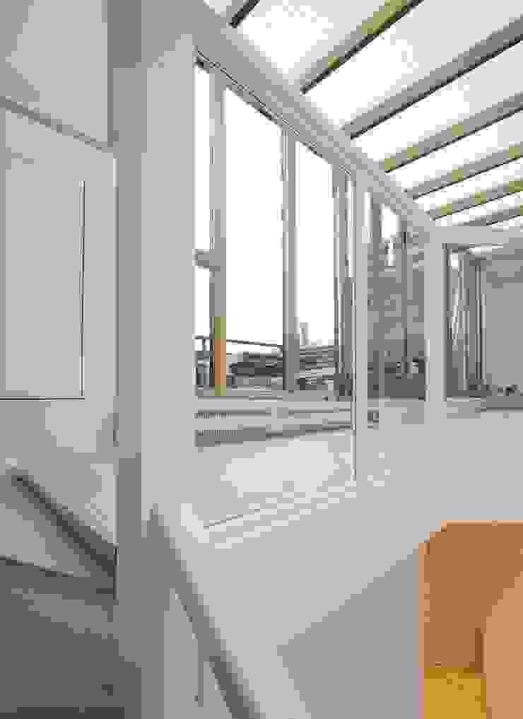 Parliament Hill Interior Design, Hampstead, London Residence Interior Design Ltd Scandinavian style windows & doors