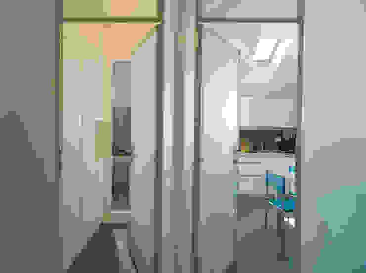 Appartamento a Milano in Porta Romana di ARCHITETTO MARCO TAGLIAPIETRA