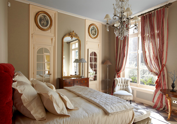 Master bedroom par Mis en Demeure Classique