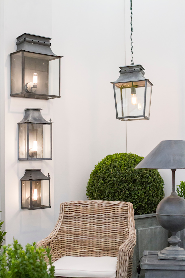 Zinc Coach Lamps & Hanging Lantern de A Place In The Garden Ltd. Rústico