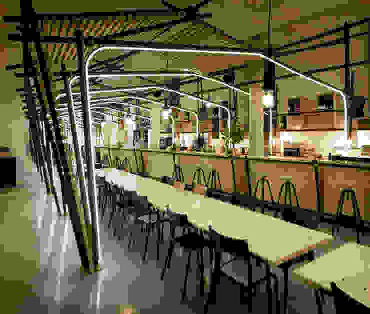 24 Lignes Gastronomie par 1024 architecture