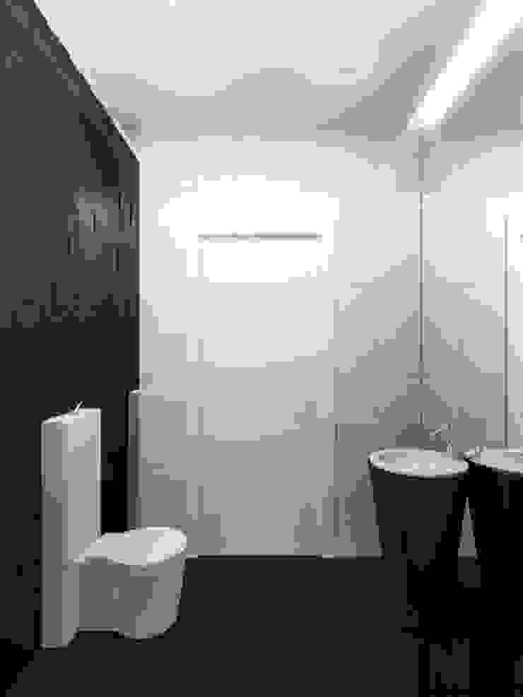 В круге света Ванная комната в стиле минимализм от ММ-design Минимализм