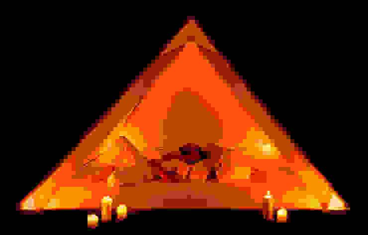 Camera da letto moderna di CHORAM light.trans.forms Moderno