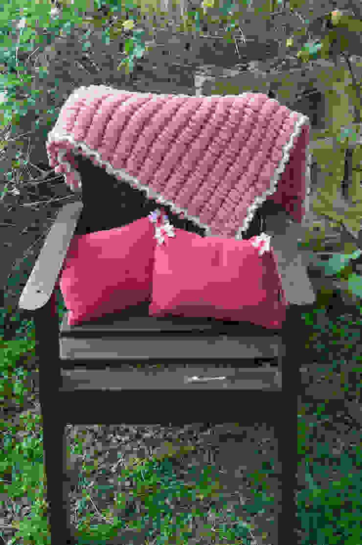 Pink Cupcake 3'ü Yastık Set fingerscrossed Akdeniz