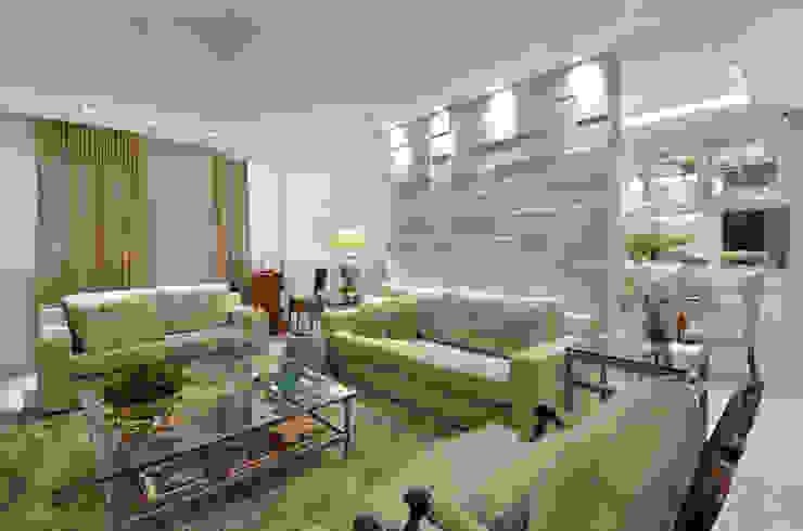 Sala de estar S|R Salas de estar clássicas por Redecker + Sperb arquitetura e decoração Clássico