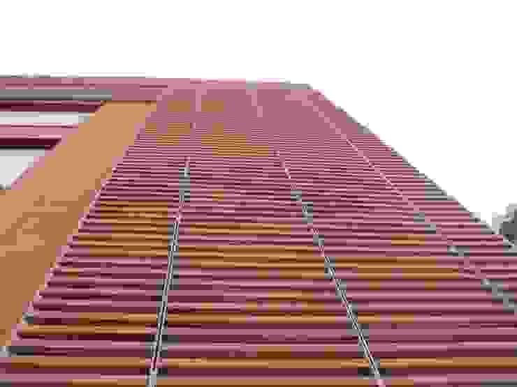 Edificio residenziale via Carducci, 8 di Studio Guzzo & Partner Minimalista