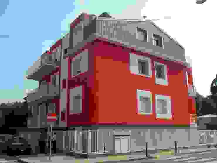 Recupero edilizio e sopralzo immobile residenziale via Mazzarello Cinisello B.mo di Studio Guzzo & Partner Moderno