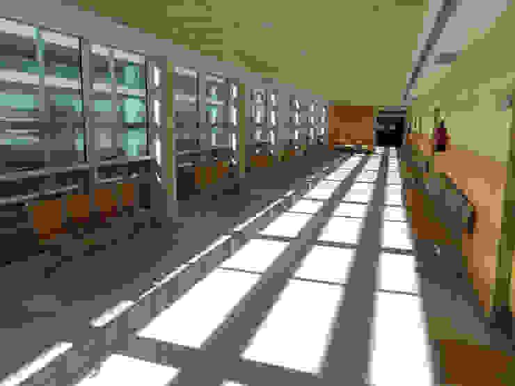 BANCADA JOKER Edificios de oficinas de EXIT SEATING BARCELONA