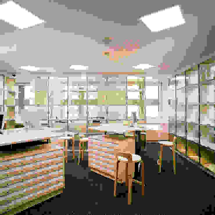 エントランスホール の Yoshiharu Shimazaki Architect Studio,INC モダン