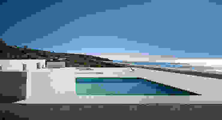 Nowoczesny basen od Alberto Campo Baeza Nowoczesny
