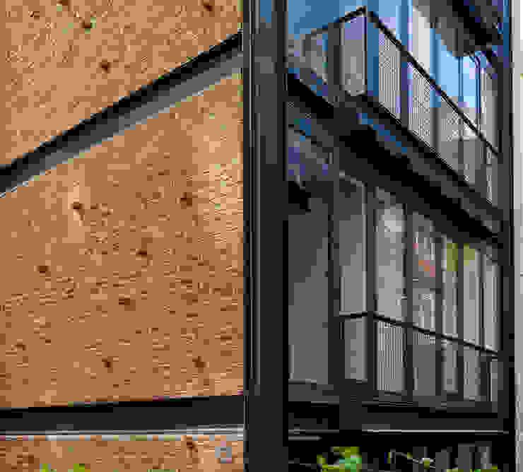 NoXX Apartment: modern  by CM Architecture, Modern