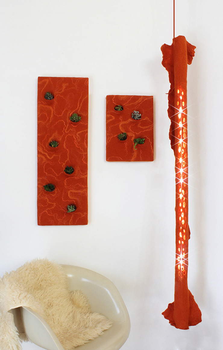 Lamp A in felt and recycled material 2014 di Judith Byberg Scandinavo