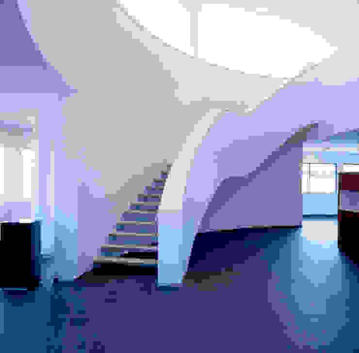 Treppenraum Moderner Fitnessraum von SEHW Architektur GmbH Modern