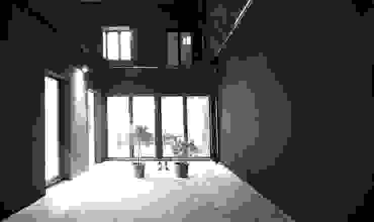 Industriële balkons, veranda's en terrassen van SzturArchitekten GmbH Industrieel
