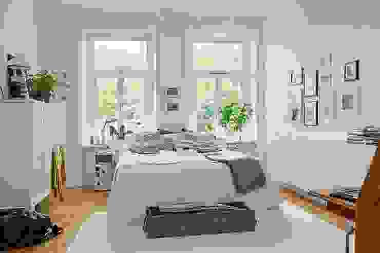Alvhem Mäkleri & Interiör - bedroom İskandinav Oturma Odası Magdalena Kosidlo İskandinav
