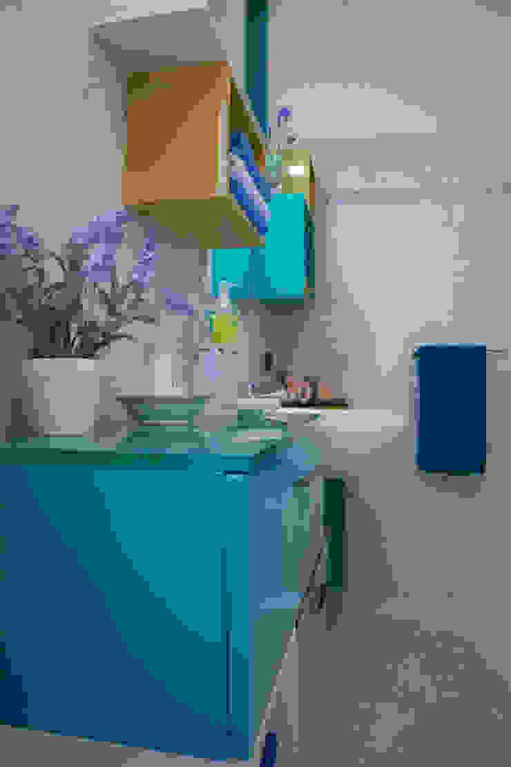 Cubic bathroom di Arreda Progetta di Alice Bambini Eclettico