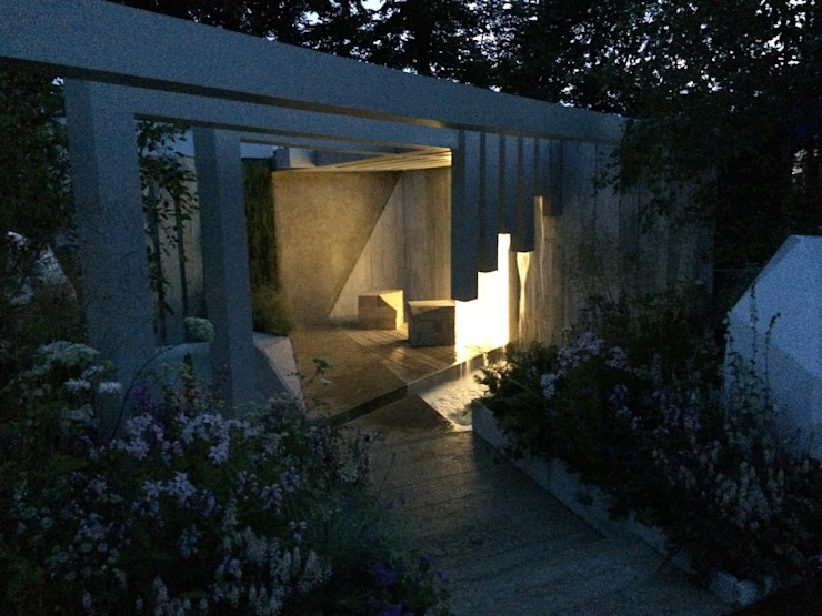 nightime on the garden: modern  by Alexandra Froggatt Design, Modern