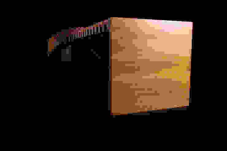 S URBAN Bench Iroko Edition de Verónica Martínez Design Moderno