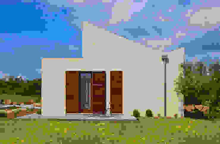 Casa en Selva, Mallorca Casas de estilo moderno de Joan Miquel Segui Arquitecte Moderno