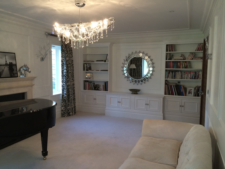 Yuila Project, Tadworth: classic  by The UK's Leading Wall Panelling Experts Team, Classic