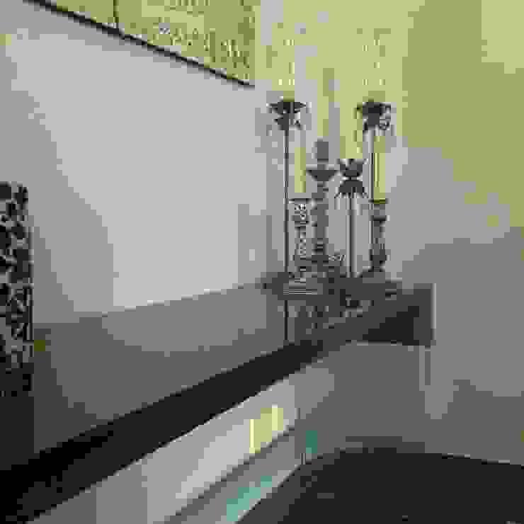 Kika Prata Arquitetura e Interiores. Dining roomDressers & sideboards