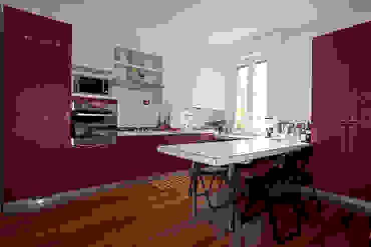 Cucina Case in stile minimalista di BRENSO Architecture & Design Minimalista