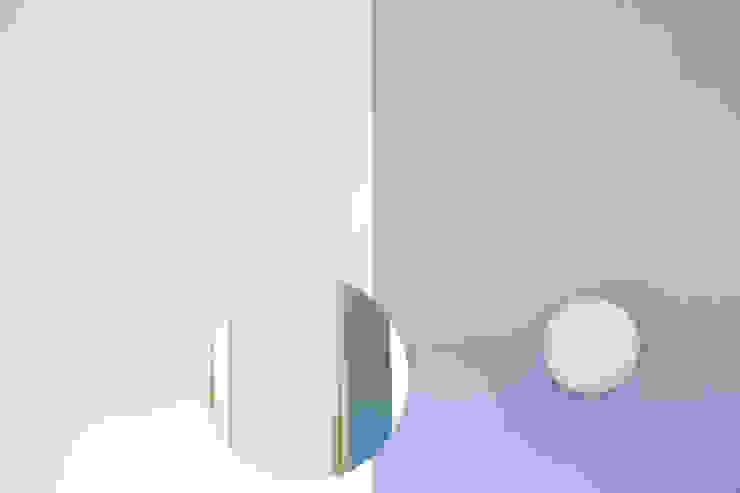 Camera da letto Case in stile minimalista di BRENSO Architecture & Design Minimalista