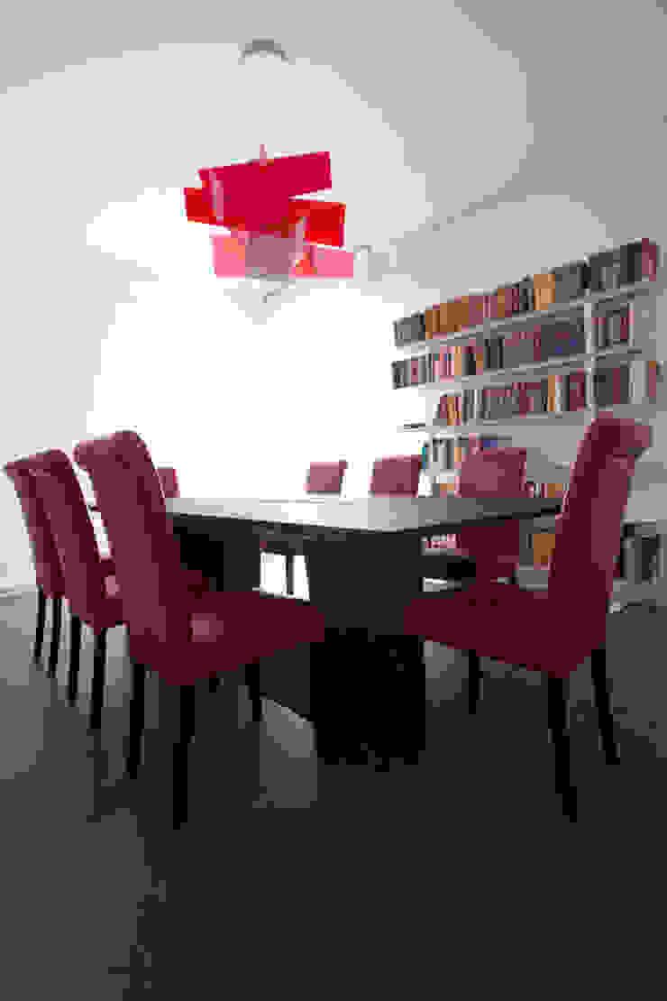 Meeting room من BRENSO Architecture & Design حداثي