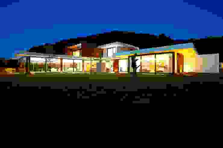 Case in stile  di Risco Singular - Arquitectura Lda