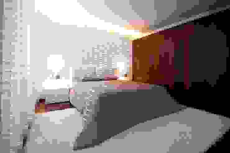Suite Augusta House Quartos minimalistas por Risco Singular - Arquitectura Lda Minimalista