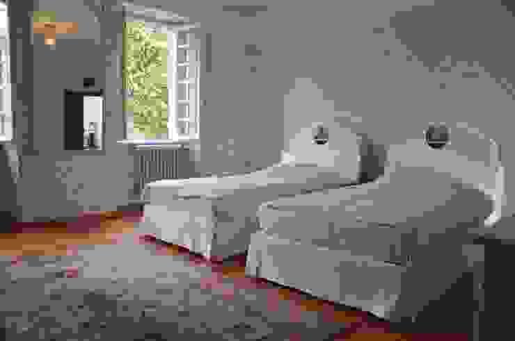 Ristrutturazione villa inizio '900 Camera da letto in stile classico di F_Studio+ dell'Arch. Davide Friso Classico