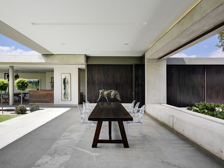 House 01, Hyde Park Modern dining room by Daffonchio & Associates Architects Modern