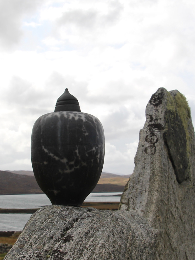 Urn: modern  door Rita Spaan Klauss Keramiek, Modern