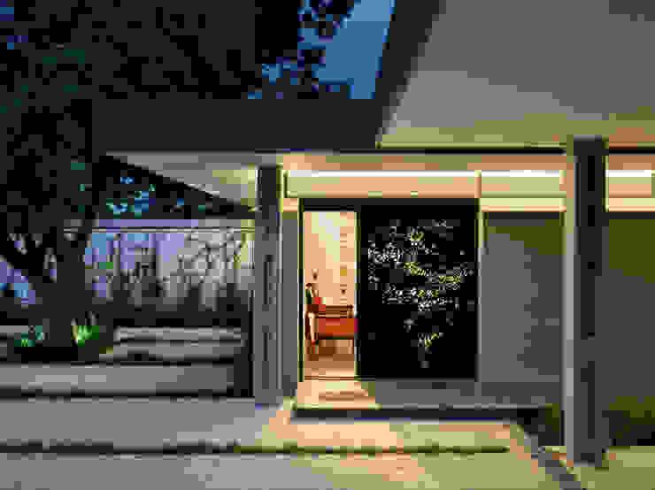 House 02, Hyde Park Modern houses by Daffonchio & Associates Architects Modern