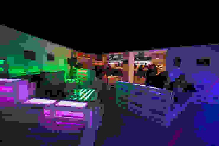 Area lounge Gastronomia in stile eclettico di BRENSO Architecture & Design Eclettico
