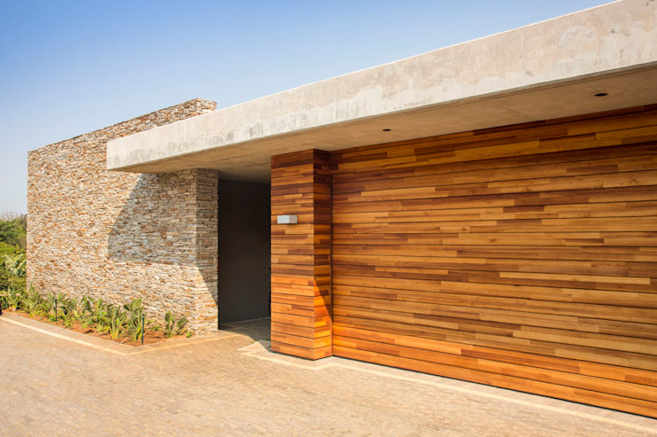 Albizia House Modern walls & floors by Metropole Architects - South Africa Modern