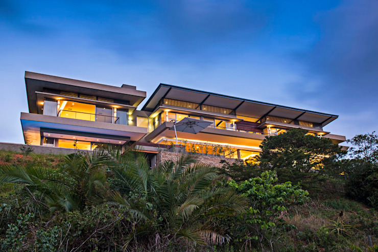 Albizia House Casas modernas por Metropole Architects - South Africa Moderno