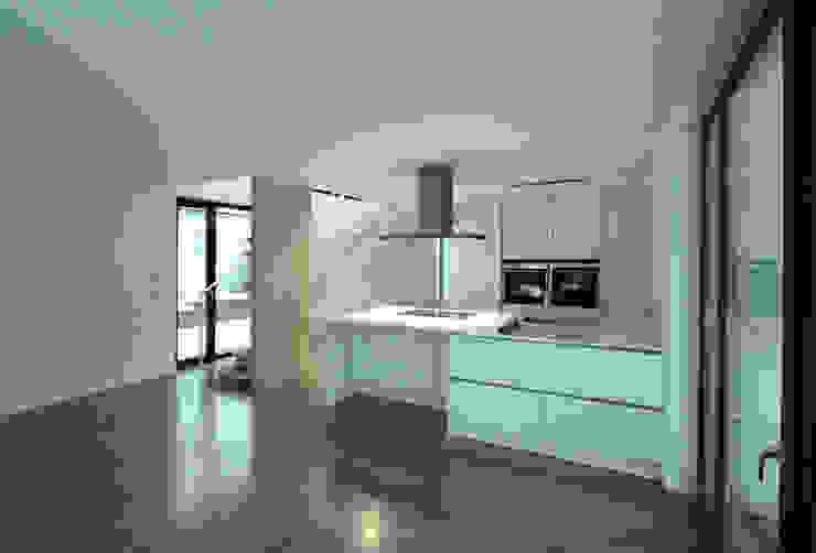 Küche Moderne Häuser von pier7 architekten gmbh Modern