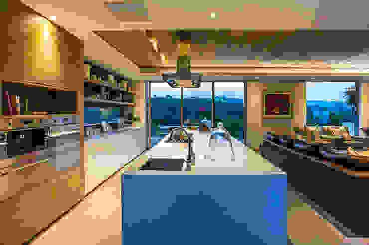 Albizia House Cozinhas modernas por Metropole Architects - South Africa Moderno
