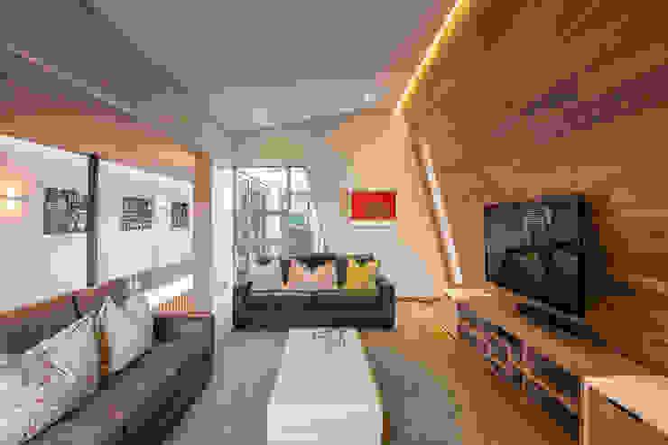Albizia House Медиа комната в стиле модерн от Metropole Architects - South Africa Модерн